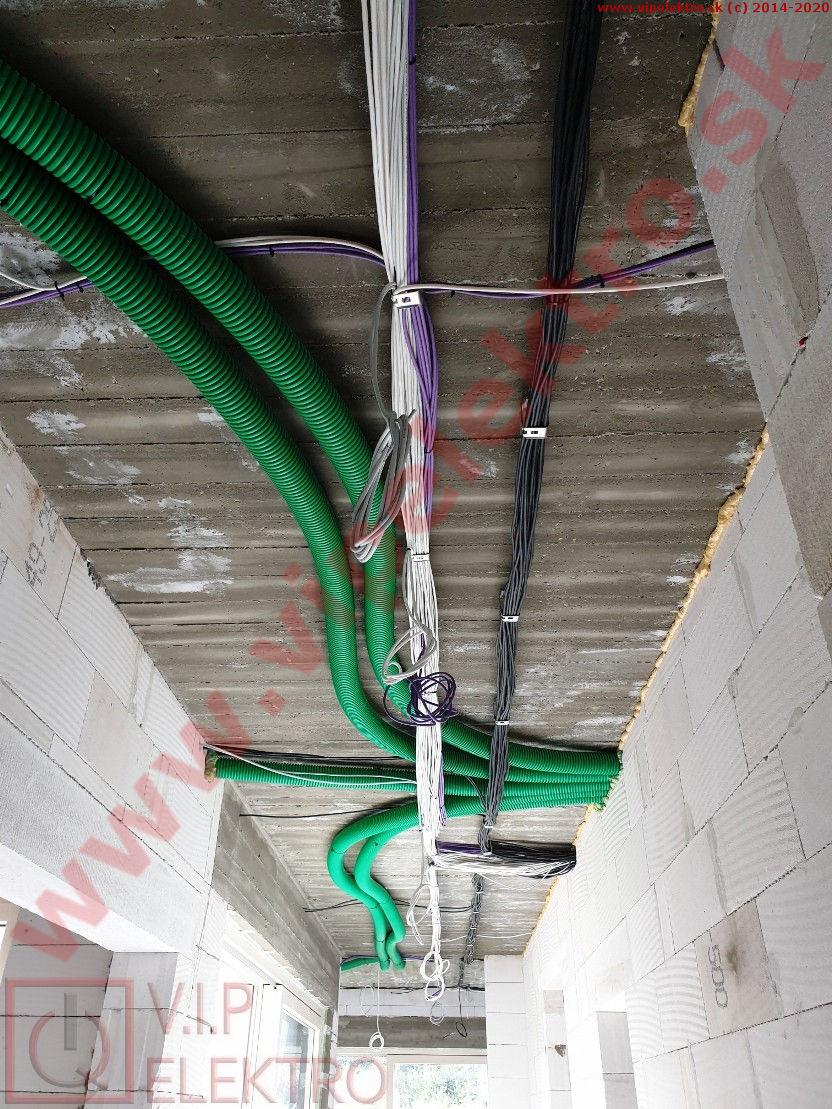 loxone-hrubá-inštalácia-montáž-strop-chodba