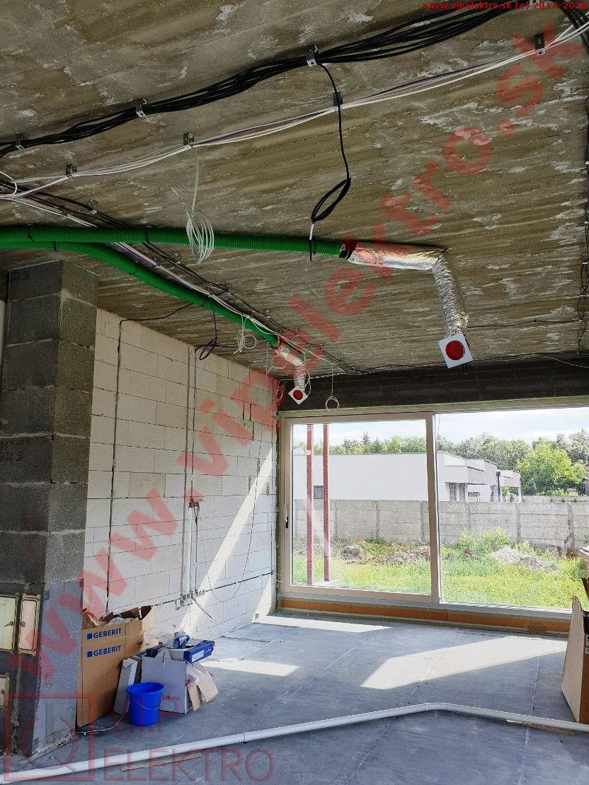 loxone-hrubá-inštalácia-montáž-strop-izba